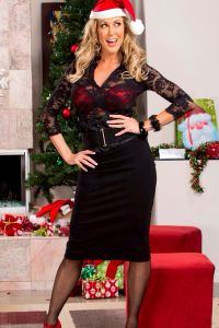 The Rather Delicious Brandi Love Merry Christmas