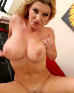 Sarah Stone – Fabulous Naturals Awesome Curves – Enjoy