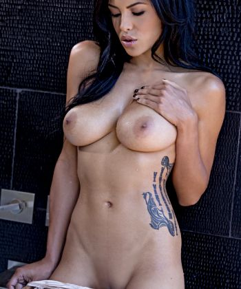 The Most Stunning Playmate Kylie Johnson – Fabulous Figure Awesome Tits – Enjoy