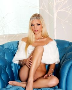 Alex Grey Is Your Holiday Princess In White Set