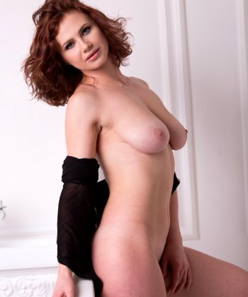Fabulous Natural Curves The Most Delicious Aphrodita – Love Those Soft Pillowy Naturals Just Sexiness – Enjoy